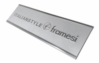 Targa in alluminio